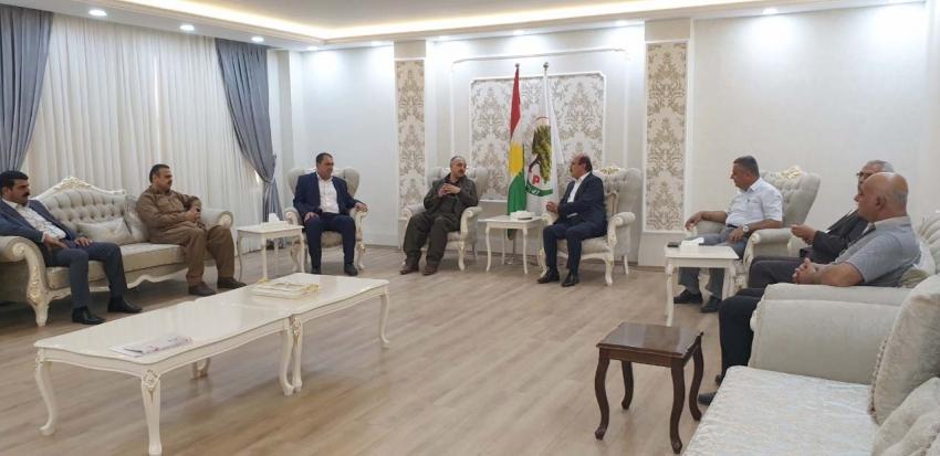 سکرتێرى گشتیى YNDK سەردانى حزبى زەحمەتکێشانى كوردستان دەکات
